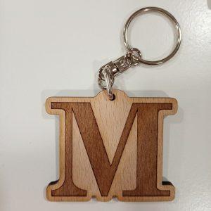 LLavero de Madera Personalizado. Letra M